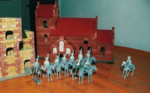Napoleon inspects 9 Chasseur à Cheval. 1 original and 8 converted with new heads and right arms.